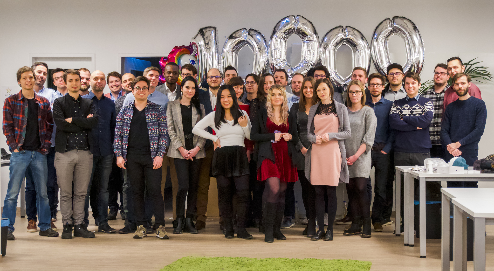 The Shapr 3D team celebrates 10,000 designers using their app.